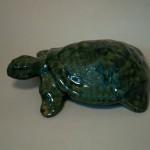 Черепаха. Керамика, поливные глазури. Высота 5см. ширина 14см, длина 19 см